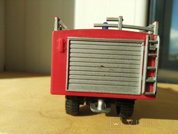 Unimog 437.1 пожарная 1:50 Hongwell Cararama, фото №7
