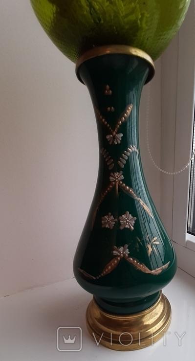 Керосиновая лампа зеленого стекла с колбой и с декорированным туловищем .Германия, фото №8