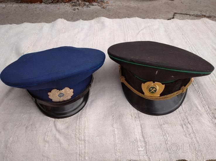 Две фуражки, фото №2