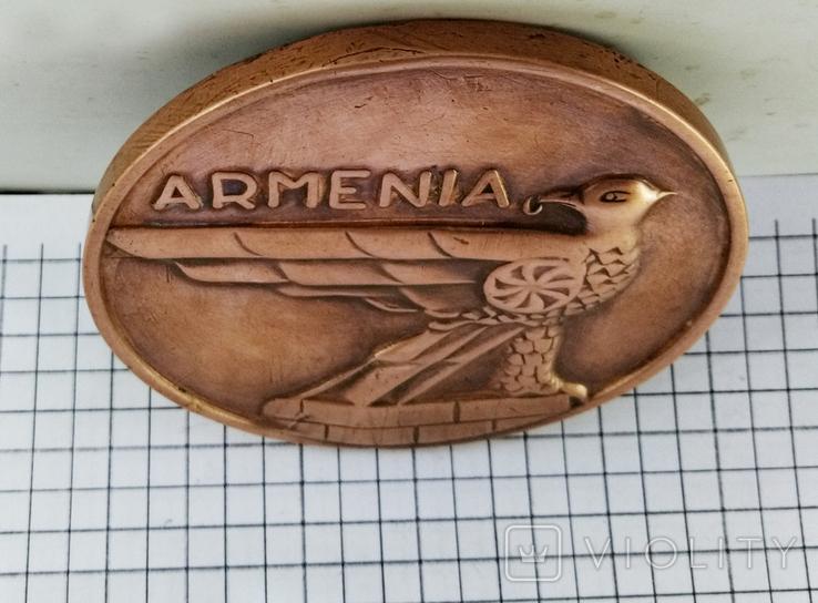Настольная медаль. 25 лет Ереванскому электроаппаратному заводу, фото №6