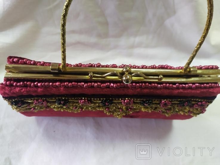 Винтажная бархатная сумочка с вышивкой и металлической ручкой, фото №6