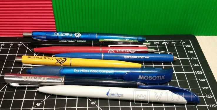 Ручки с названием фирм