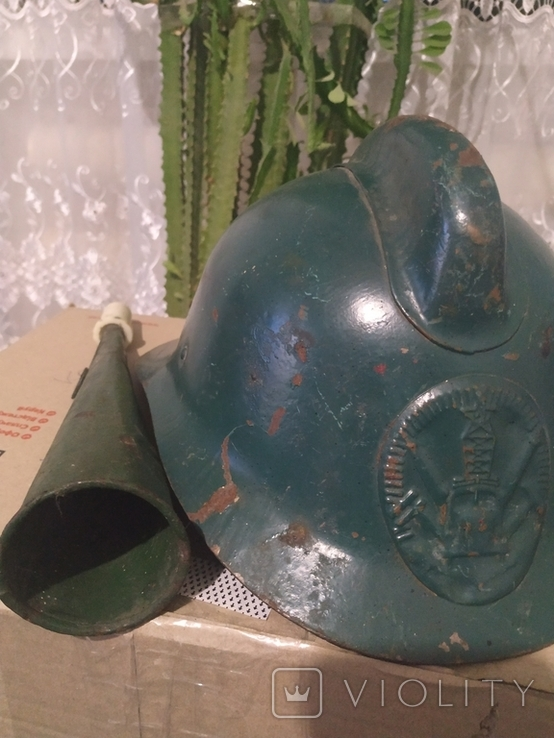 Шлем пожарника и гудок, фото №4