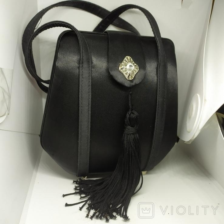 Вечерняя каркасная сумочка обтянутая шелком. Без ручек 16х7х18см, фото №2