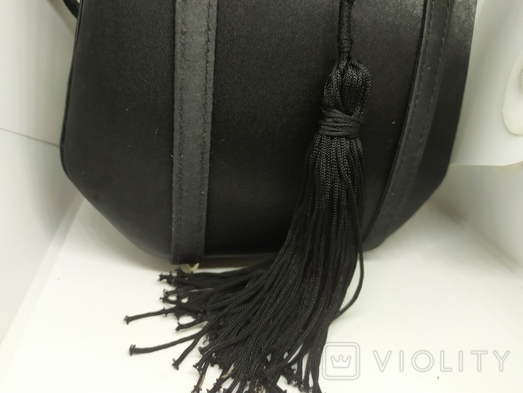 Вечерняя каркасная сумочка обтянутая шелком. Без ручек 16х7х18см, фото №4