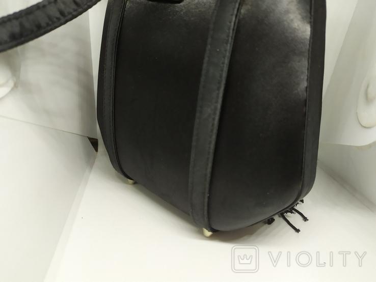 Вечерняя каркасная сумочка обтянутая шелком. Без ручек 16х7х18см, фото №7