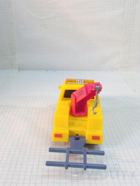 Маленькая моделька эвакуатор, фото №5