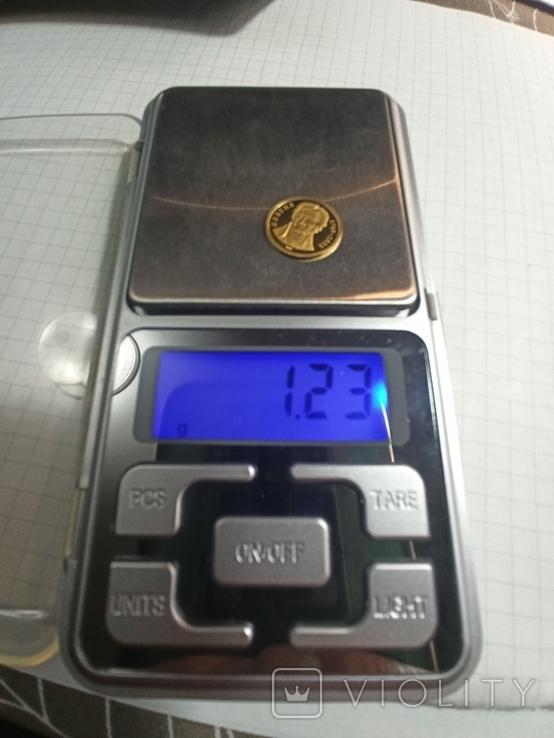 Того 1500 франков, 2005 год. 0.999, фото №3