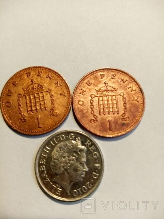 Англия 1 пенни 2шт,5 пенс 1990,2001,2010, фото №3