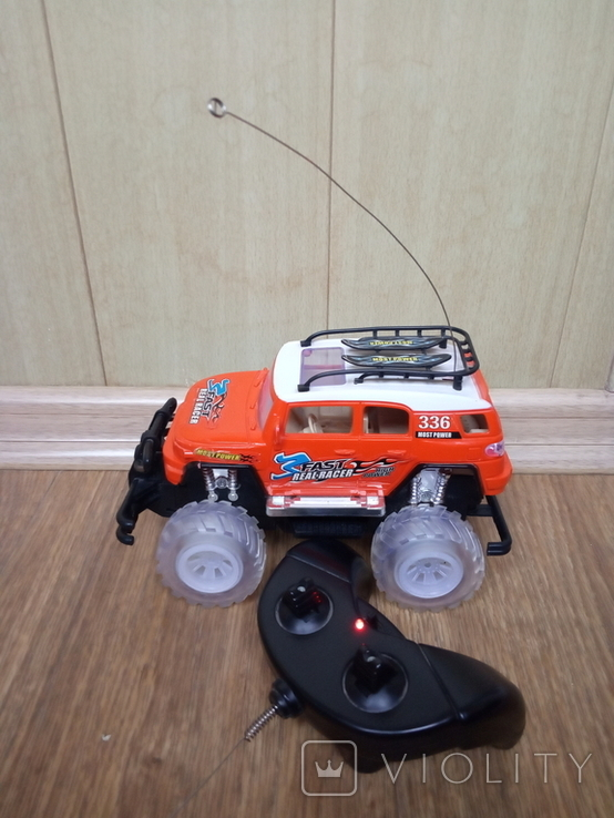Машинка на радиоуправлении.(1), фото №2