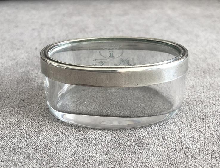 Старинная стекляная шкатулочка с гравировкой, ободок крышечки серебро 800 пр, фото №3
