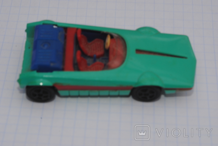 Машинка Bertone 143 Сделано в СССР, фото №3