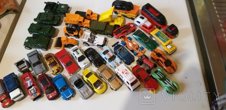 Коллекция машин HOT WHEELS грузовые с прицепом, легковые, и др. в кол. 40шт, фото №2
