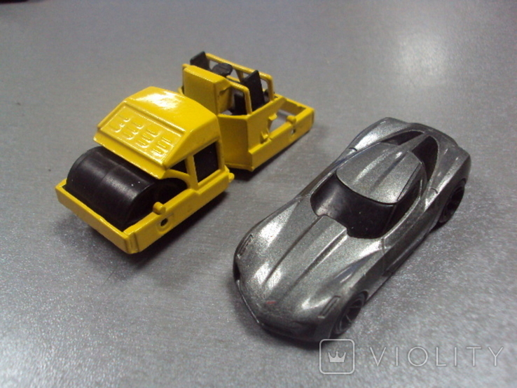 Машинка Chevrolet Corvette дорожная техника Hot Wheels лот 2 шт, фото №2
