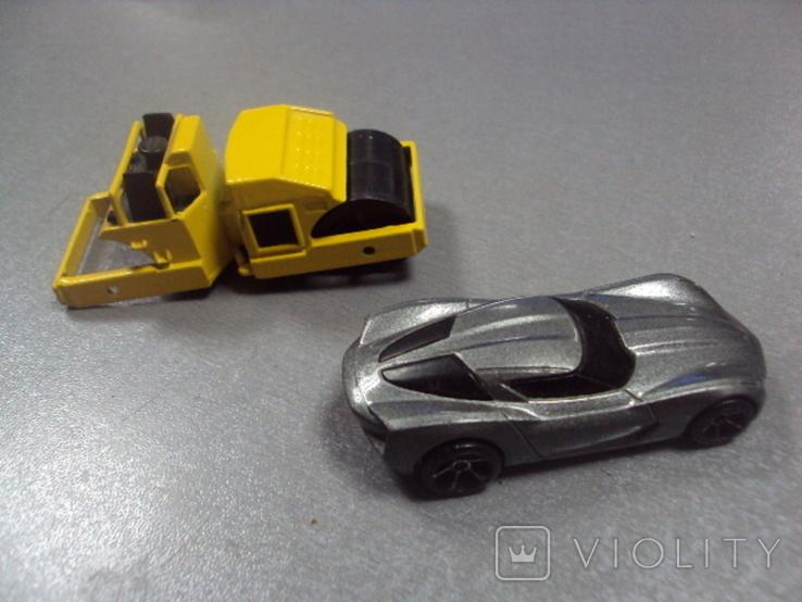 Машинка Chevrolet Corvette дорожная техника Hot Wheels лот 2 шт, фото №7