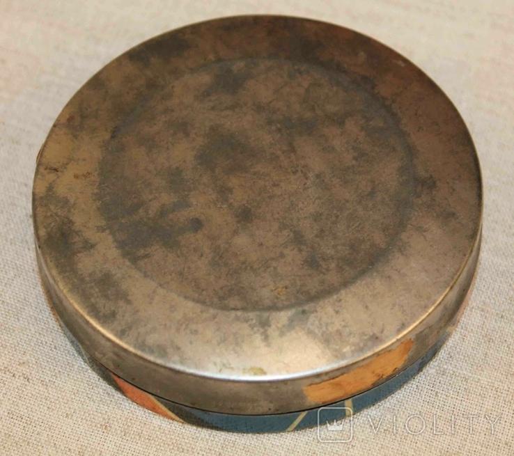 Старая жестяная коробка от конфет, фото №5