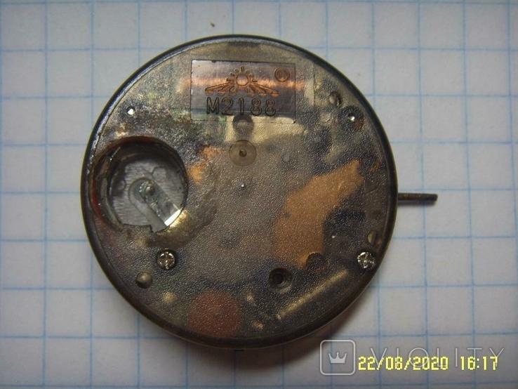 Механизм кварц от мужских наручных часов на запчасти., фото №3