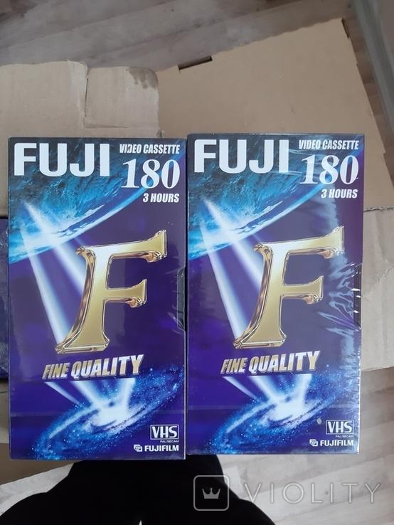 Видео касеты FUJI ., фото №4