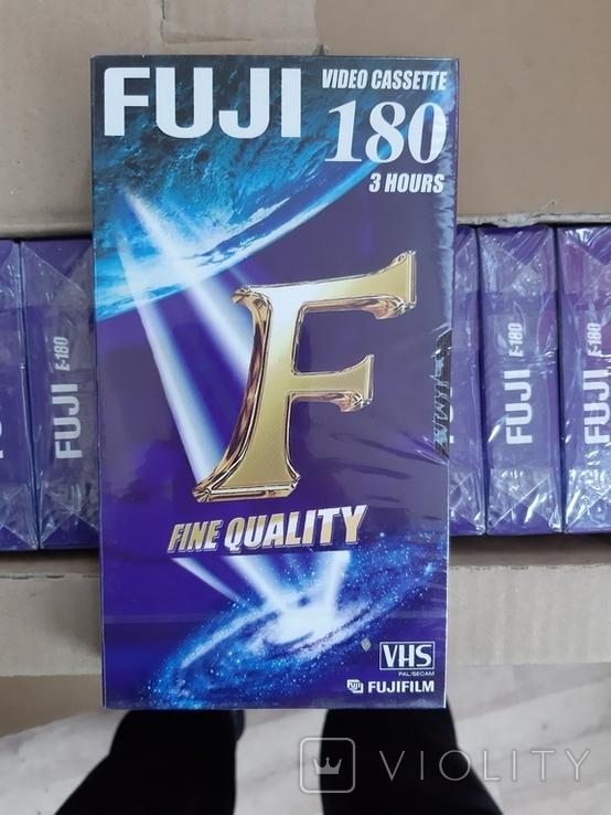 Видео касеты FUJI ., фото №5