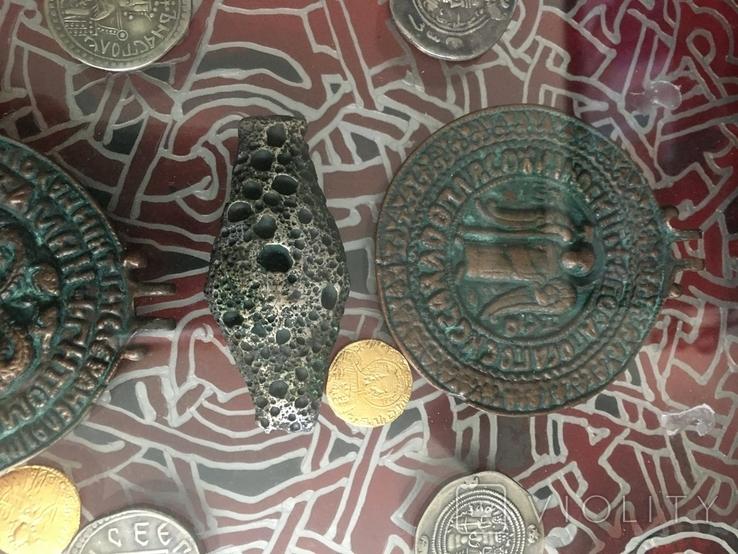 Монети в рамці. Копіі., фото №4