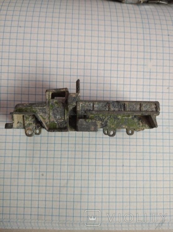 Игрушечный грузовик, фото №3