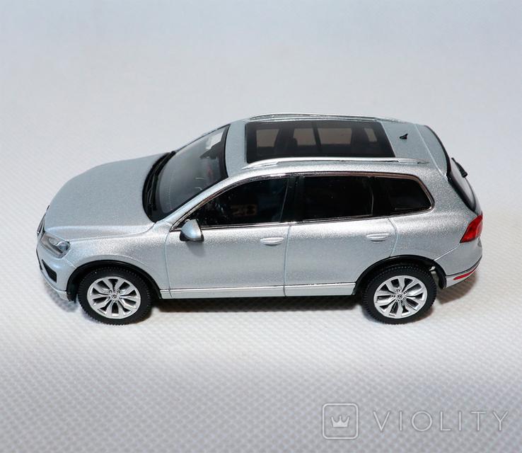 Масштабная модель VW touareg 1:43, фото №4