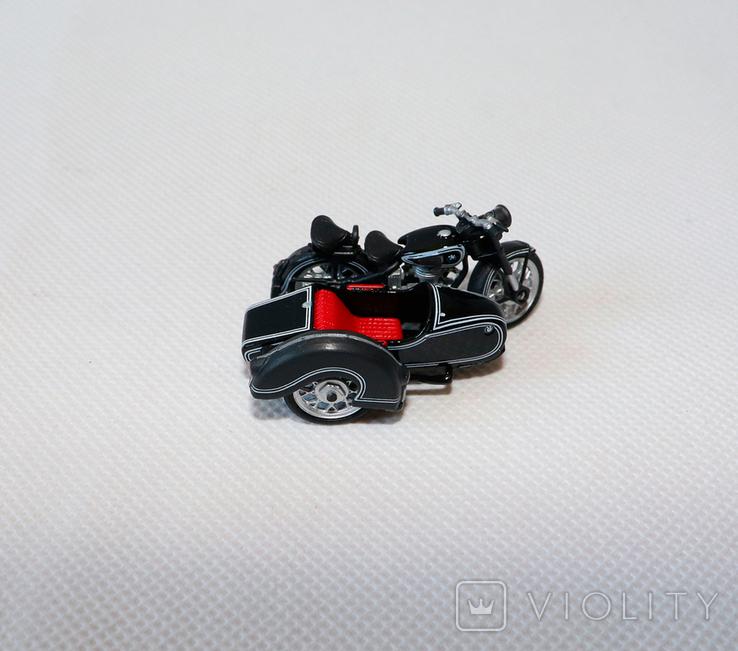 Масштабная модель мотоцикла bmw R25/3 1:43, фото №3