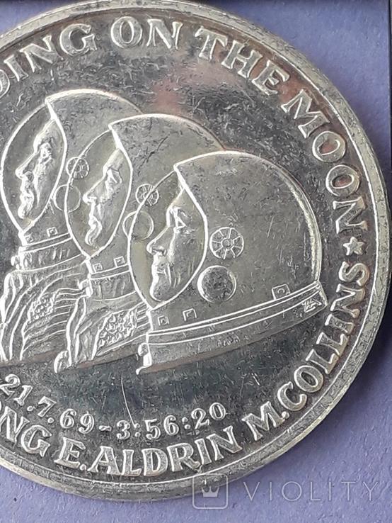 Раунд в честь миссии Аполлон-11, высадки человека на Луну, серебро 0.999, 15 грамм, фото №4