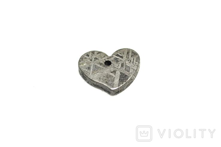 Залізній метеорит Muonionalusta, форма серця, 2.1 грам, сертифікат автентичності, фото №5