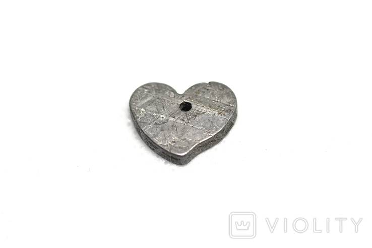 Залізній метеорит Muonionalusta, форма серця, 2.1 грам, сертифікат автентичності, фото №6
