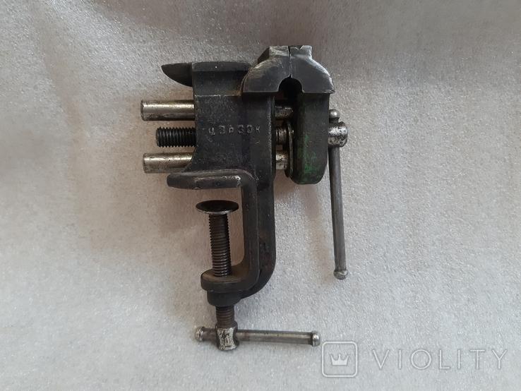 Тиски маленькие с наковальней, СССР, фото №3