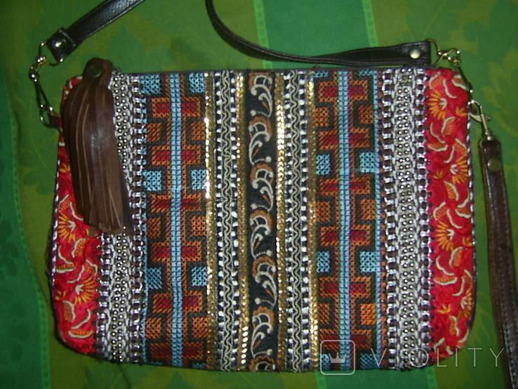 Сумка-клатч с вышивкой и декором, фото №3