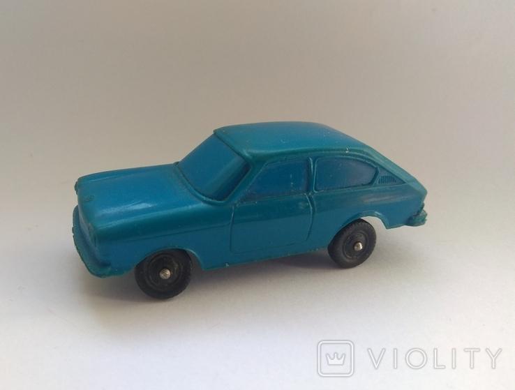 Винтажное авто Фольксваген 411, ГДР, фото №3