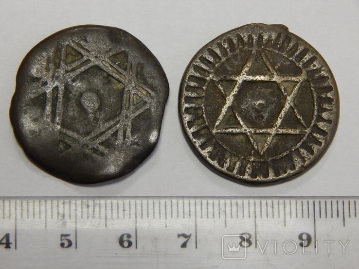 2 монеты по 4 фалуса, Марокко, фото №2