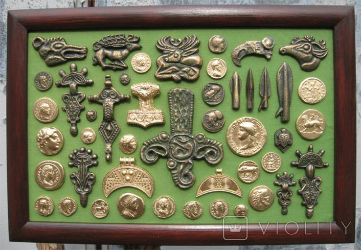 Монеты и античная археология. Копии, в раме без стекла, 31х21см, фото №2