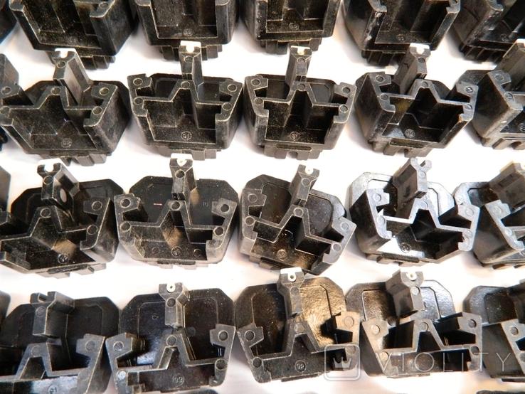 Изоляторы наборных зажимов ЗН24-16У3 и КТ6У СССР 45шт, фото №8