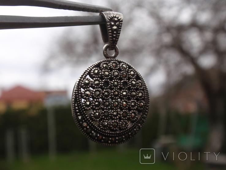 Круглая подвеска из из серебра с черными камнями., фото №5