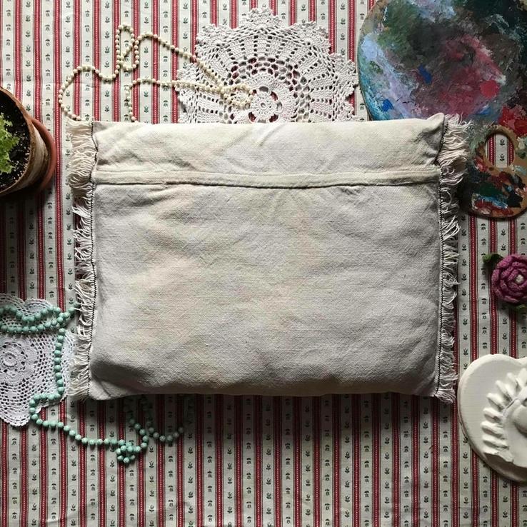 Подушка декоративная вышивка бахрома пух перо, фото №6