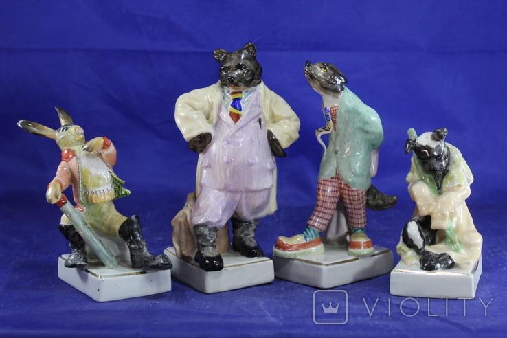 Фарфоровые статуэтки Волк Заяц Медведь Пес. На злобу дня 4 фигурки в одном лоте, фото №2