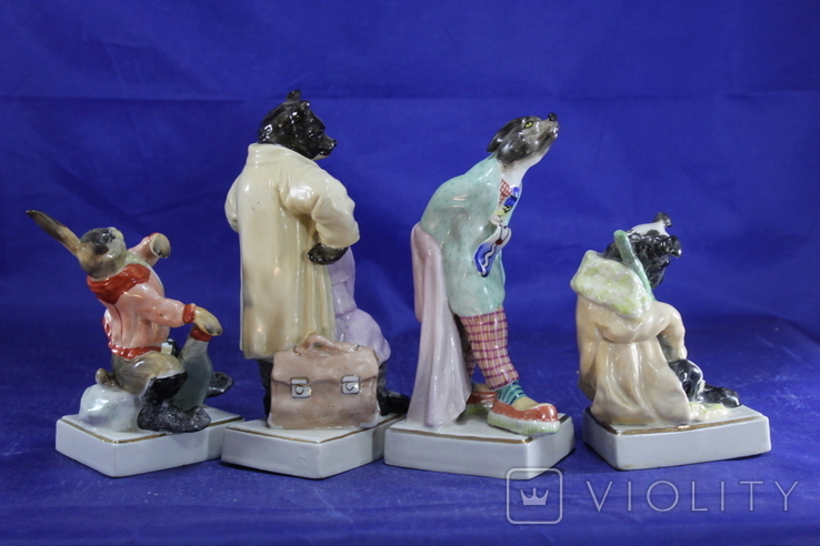 Фарфоровые статуэтки Волк Заяц Медведь Пес. На злобу дня 4 фигурки в одном лоте, фото №4
