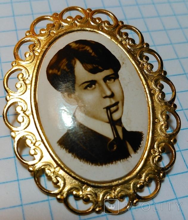 Брошь Сергей Есенин курит трубку, фото №11