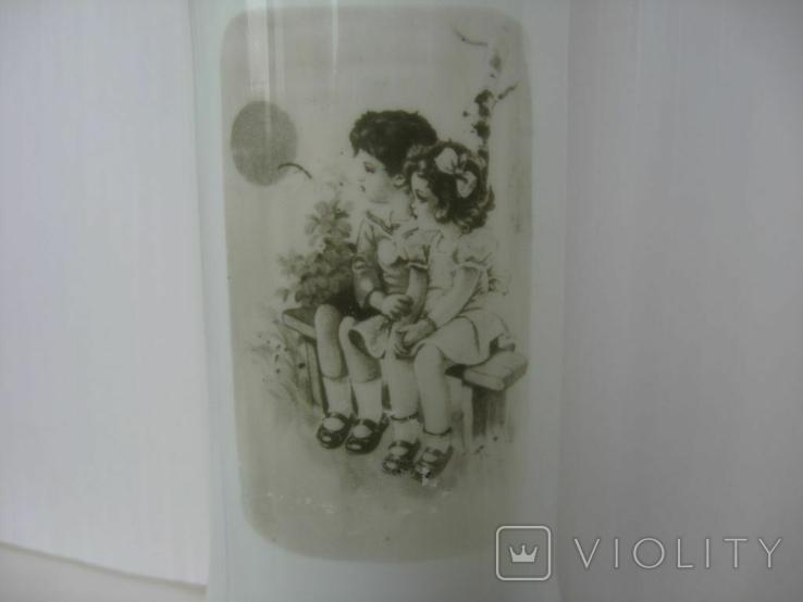 "Ваза старая ""Детки на лавочке"" молочное секло, фото №4"