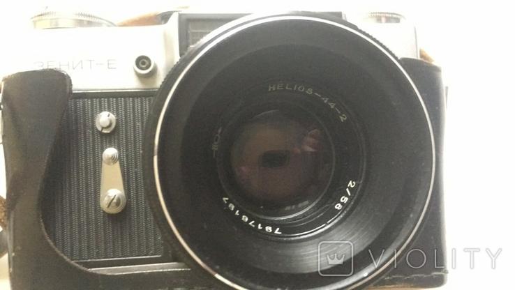 Фотоапарат Зеніт-Е з Фотоспалахом. Об'єктив Геліос 44-2., фото №2
