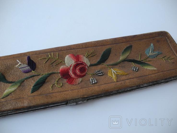 Старинный кожаный аксесуар вышит гладью ( Италия нач ХХ в ) Винтаж, фото №3