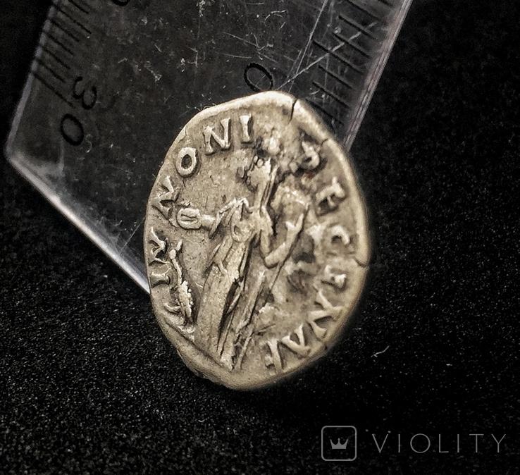 Денарий Фаустины II