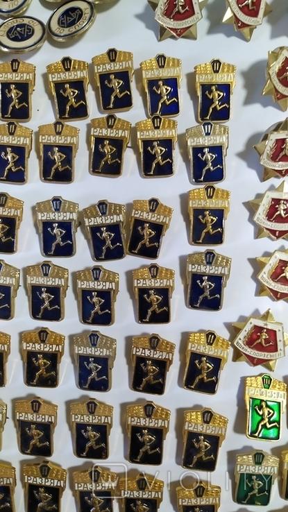 Спортивные знаки, 323 штуки., фото №5