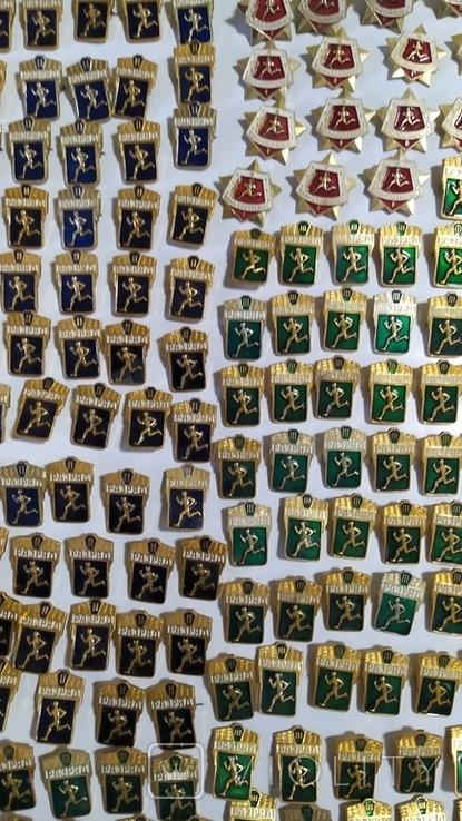 Спортивные знаки, 323 штуки., фото №10