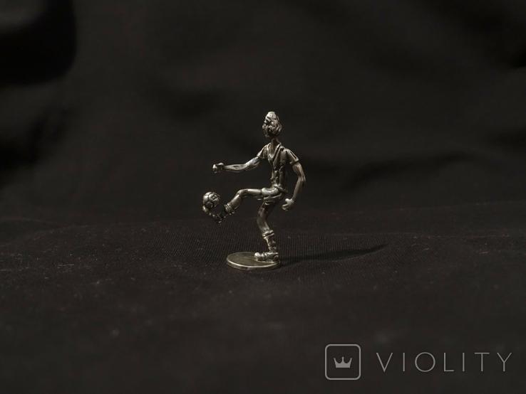 Футболист серебро 800 вес 12 гг., высота 5 см., фото №2