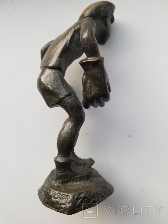 Бронзовая статуэтка вратарь, фото №5