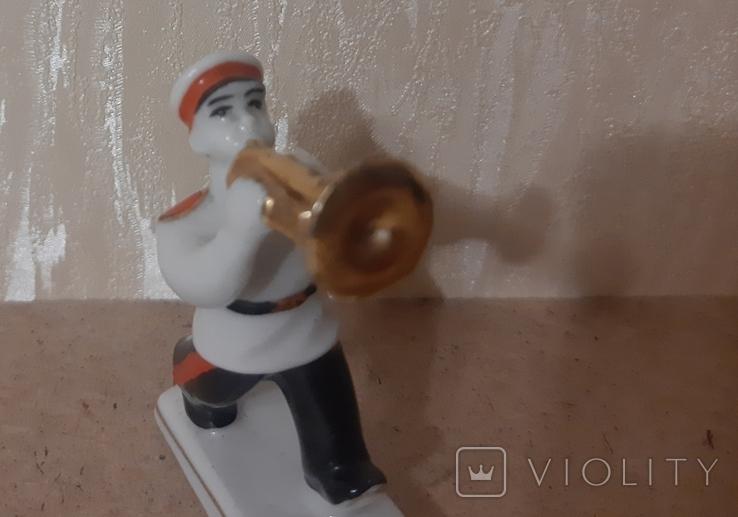 Суворовец с трубой, фото №8